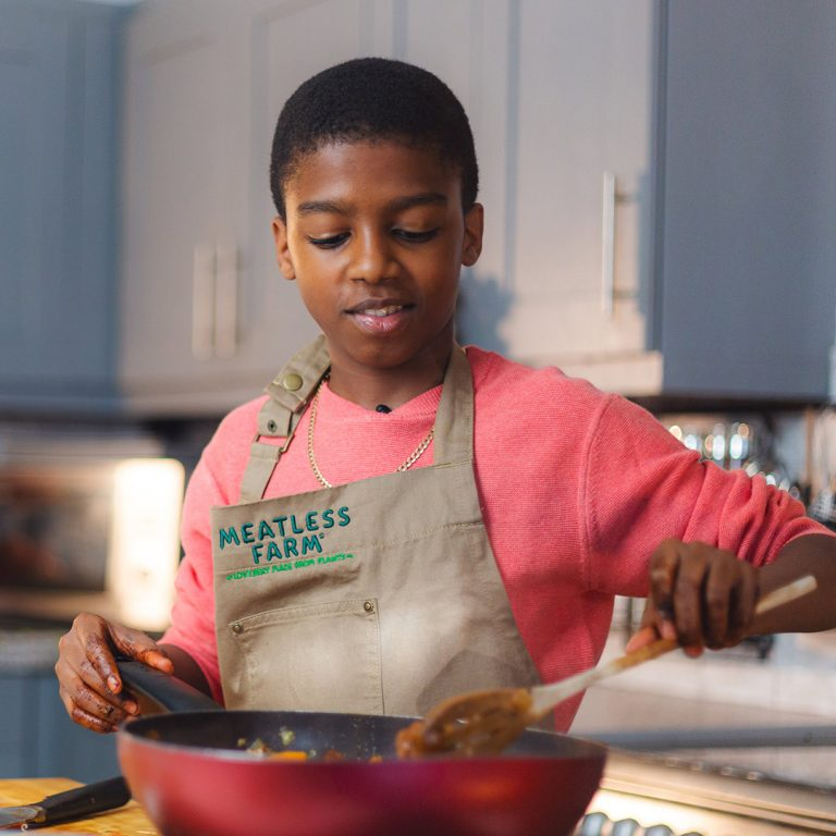 Omari McQueen cooks with Meatless Farm